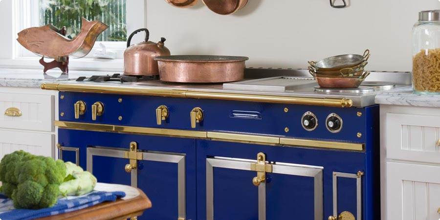 chateau 150 bella cucina design. Black Bedroom Furniture Sets. Home Design Ideas