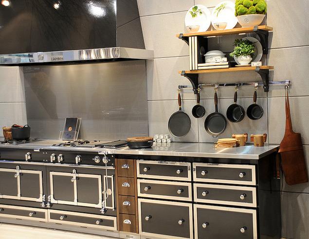 Chateau 165 bella cucina design for Bella cucina kitchen cabinets