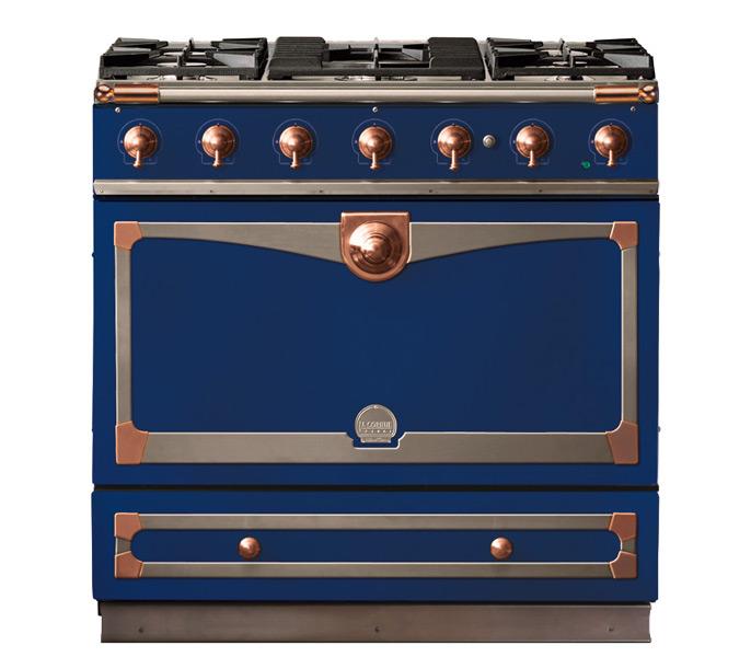 Dark navy blue bella cucina design - La cornue chateau 90 ...